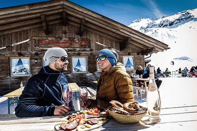 Kirchenkarhütte Eating and drinking in Obergurgl-Hochgurgl ski resort Ötztal valley Tyrol
